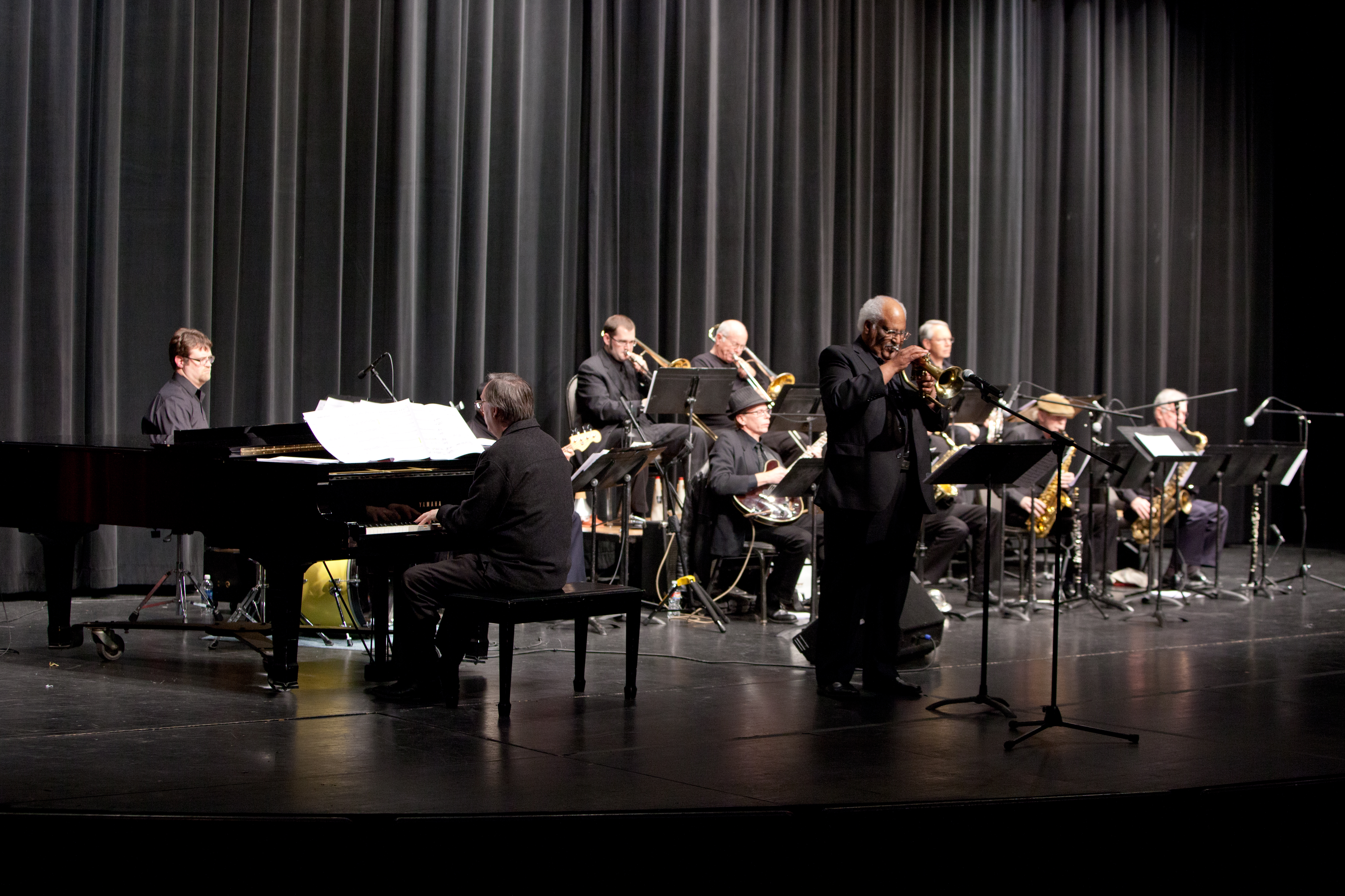 Al Pearson featured soloist on Shades of Grey